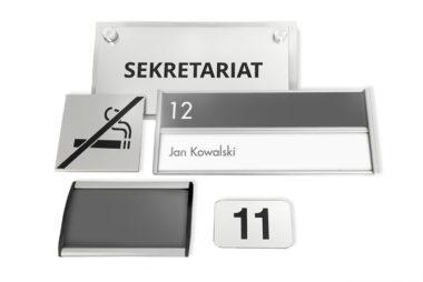 button tabl na drzwi2